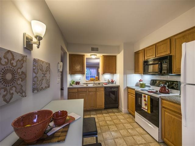 2 and 3 bedroom floorplans include eat-in kitchens