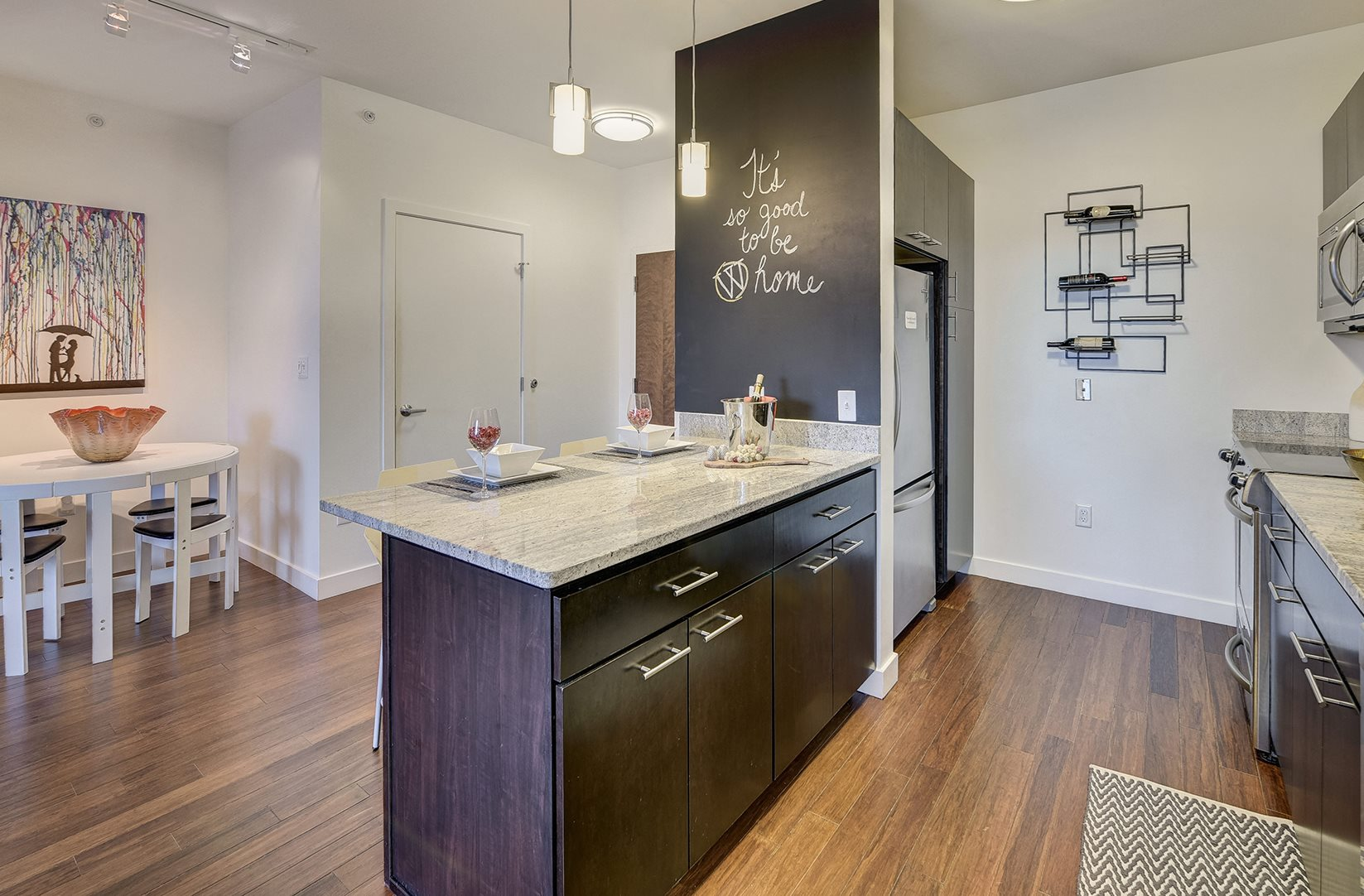 Luxury Apartments Somerville, MA | Windsor at Maxwell\'s Green