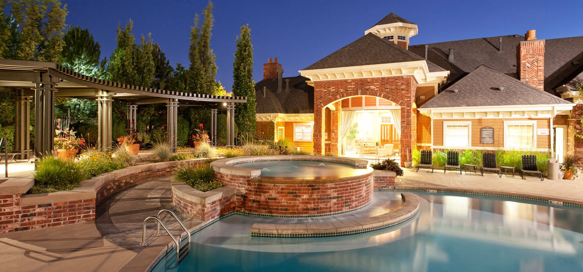 Outdoor ambiance at Windsor at Meadow Hills 4260 Cimarron Way, Aurora