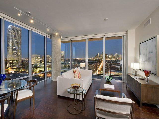 Stunning residences with gorgeous views, at The Sovereign at Regent Square, 3233 West Dallas, Houston