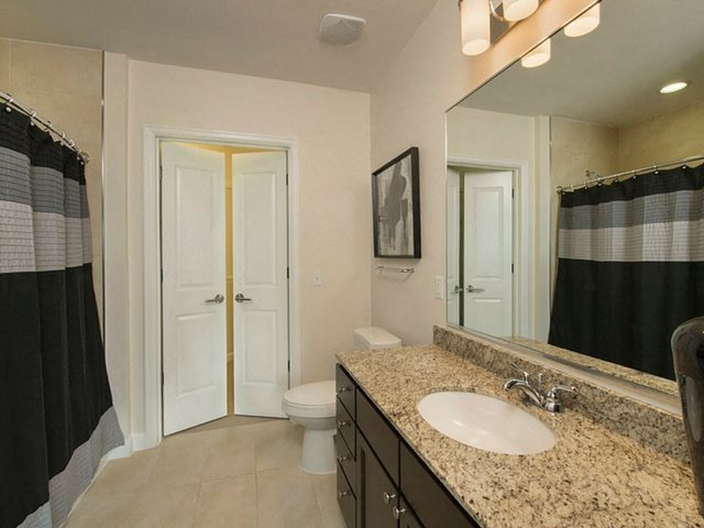 Spacious Bathrooms at The Sovereign at Regent Square, TX