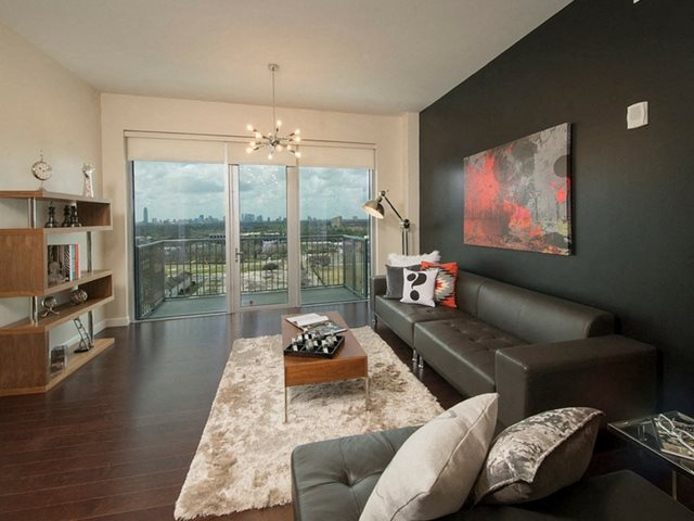 Spacious Living Rooms at The Sovereign at Regent Square, TX