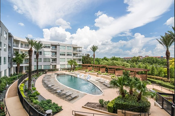 Welcome To Memorial By Windsor Luxury Apartment Homes Available At 3131 Court Houston