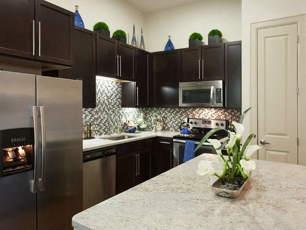 Granite Kitchen Countertops And Stainless Steel Appliances