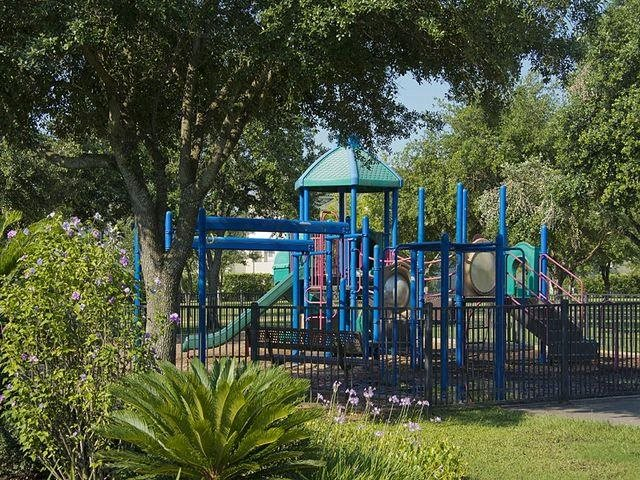 At Domain by Windsor,1755 Crescent Plaza, Houston, 77077 Entertaining playgrounds located across the street in Ray Miller Park