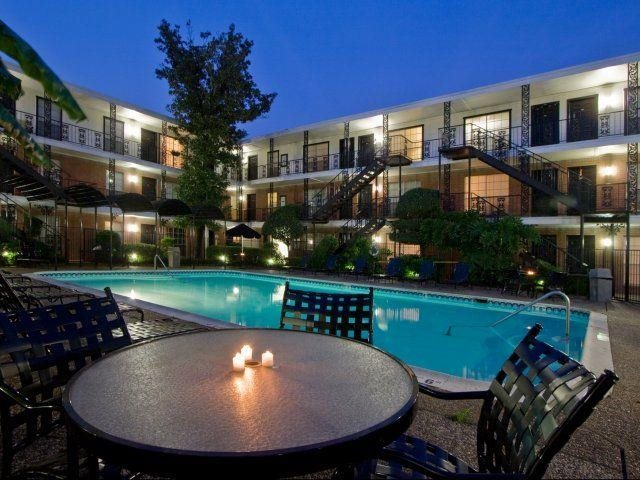 Inviting ambiance in Houston's Inner Loop At Allen House Apartments, Houston, TX 77019