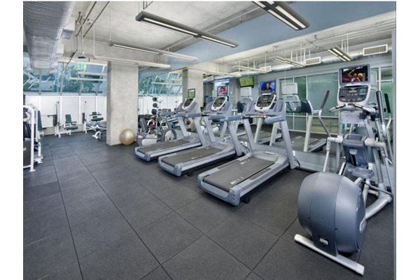 Fully Equipped Fitness Center at Renaissance Tower, Los Angeles, California
