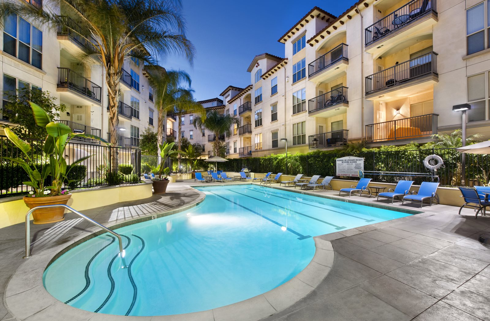 Pool Side Relaxing Area with Cabanas at Windsor Lofts at Universal City,CA, 91604