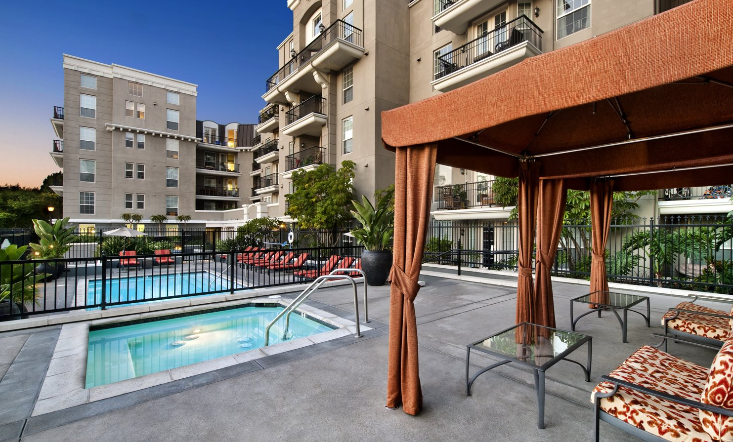 Pool Cabana & Outdoor Entertainment Bar at Community