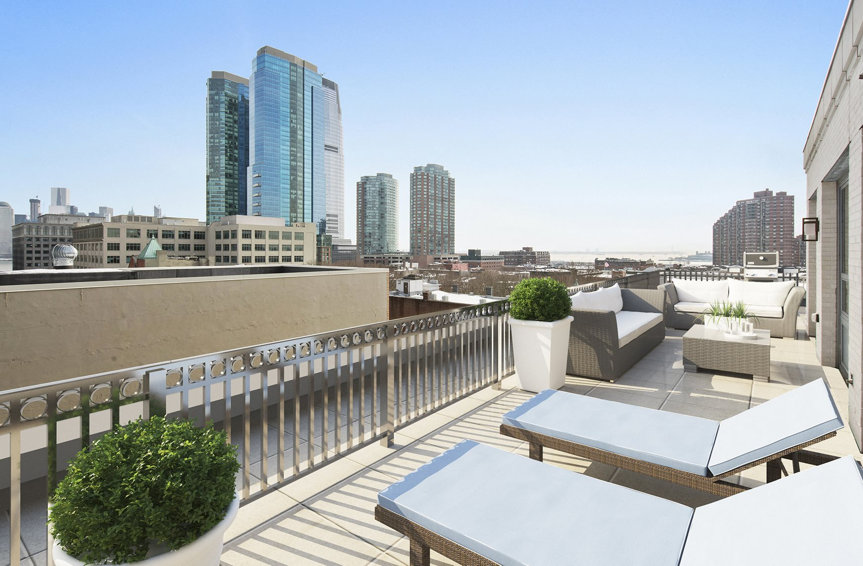 Rooftop Sundeck at Warren at York by Windsor, 120 York St., Jersey City, NJ 7302