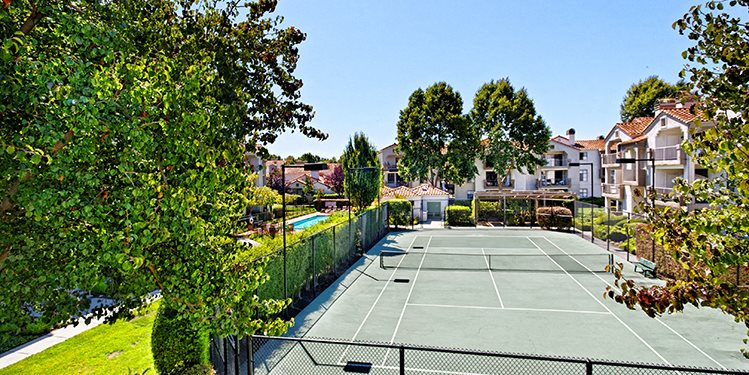 Mission Pointe by Windsor, 1063 Morse Avenue, Sunnyvale, CA, 94089 have Synthetic Tennis Courts for Playing
