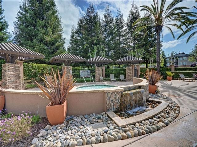 Courtyard Fountain at The Estates at Park Place, Fremont, CA 94538
