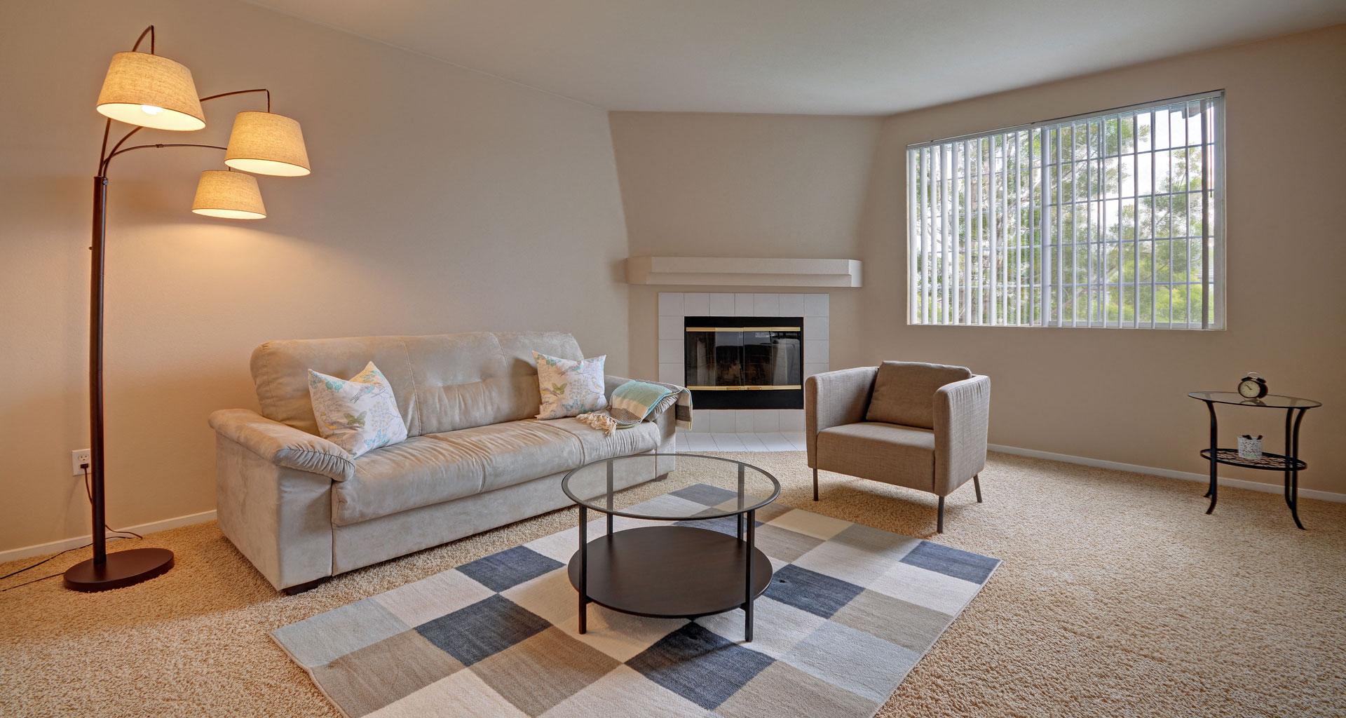 Pavona Apartments, 760 N. 7th Street, San Jose, CA, 95112 Has