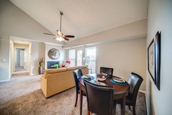 2512 Lake Lansing Road 2 Beds House for Rent Photo Gallery 1