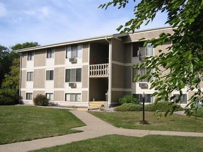Sycamore Apartments Community Thumbnail 1