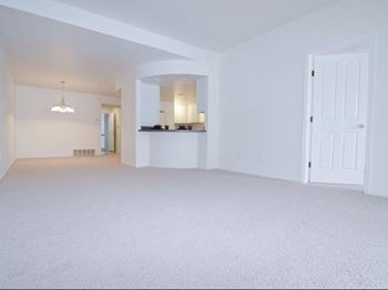 1275 Oakridge Ave. 2 Beds Apartment for Rent Photo Gallery 1