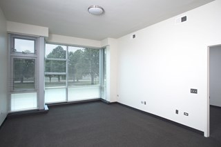 Image of Park Boulevard IIB bedroom layout with view of large windows and their views