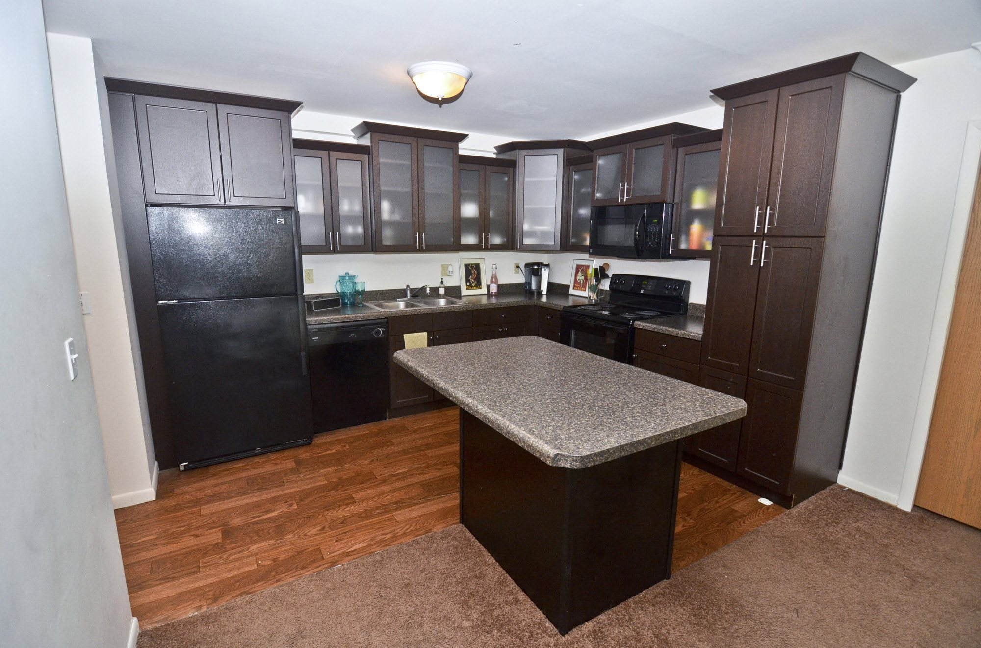 East Lansing Apartments Near Michigan State University | Americana B Apartments