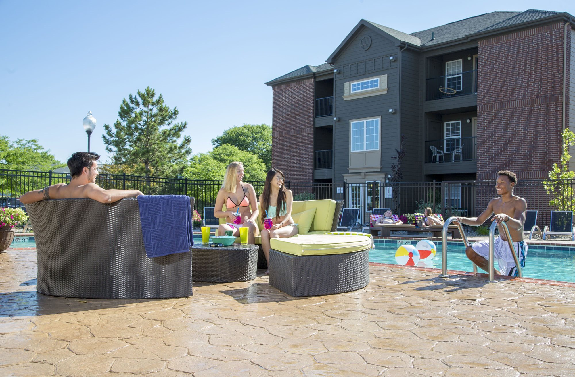 Apartments near Michigan State University | College Towne Apartments