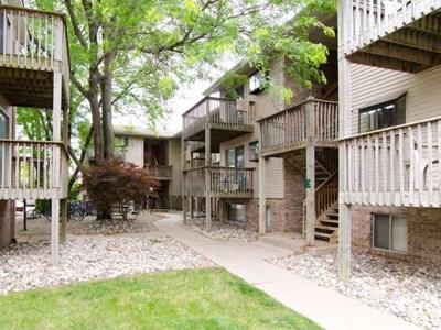 Courtyard Flatlets Community Thumbnail 1