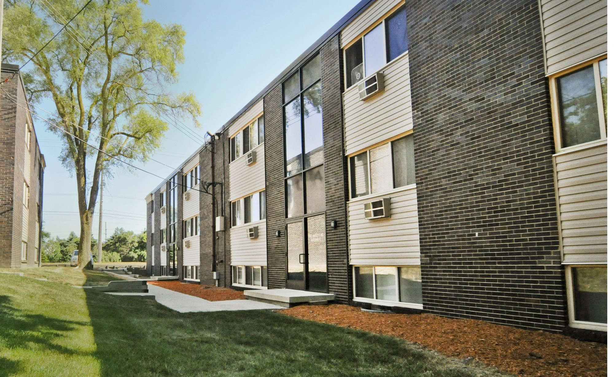 North Pointe Apartments in East Lansing Michigan