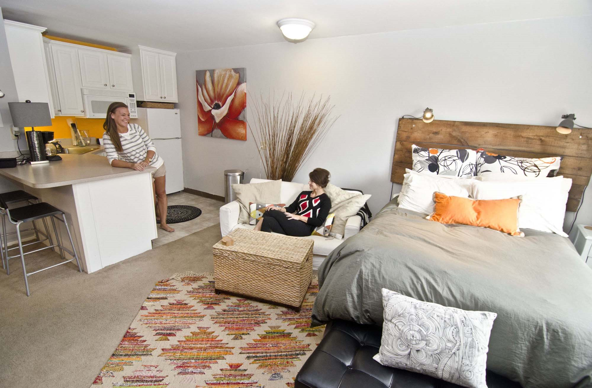 Apartments in East Lansing near Michigan State University | Studio House Apartments