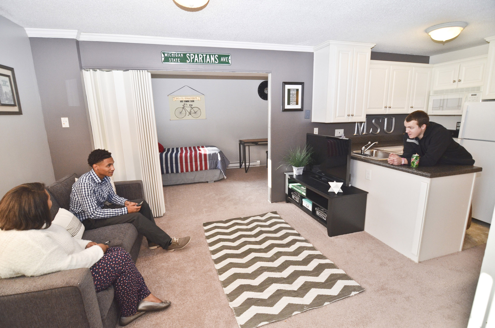 East Lansing Apartments near Michigan State University | University Villa Apartments