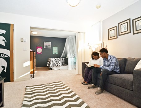 University Villa Apartments Community Thumbnail 1