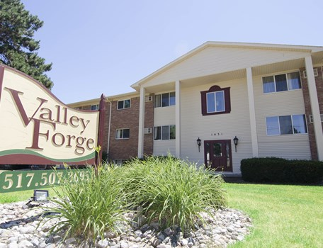 Valley Forge Apartments Community Thumbnail 1