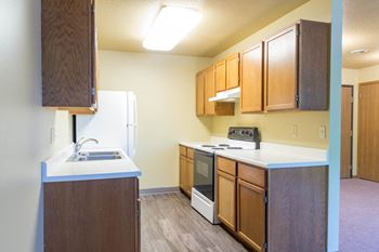607 15th St 2-3 Beds Apartment for Rent Photo Gallery 1