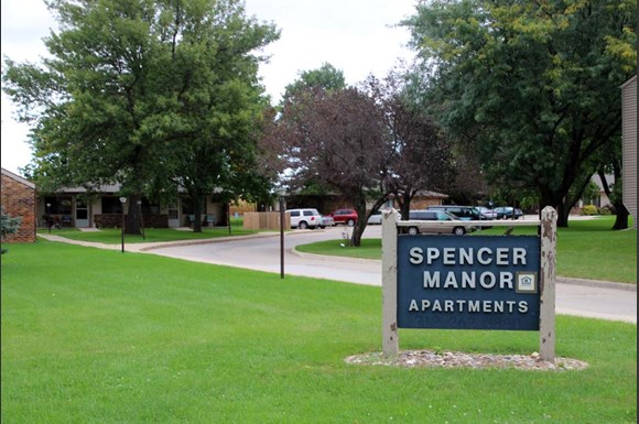 Spencer Manor Apartments