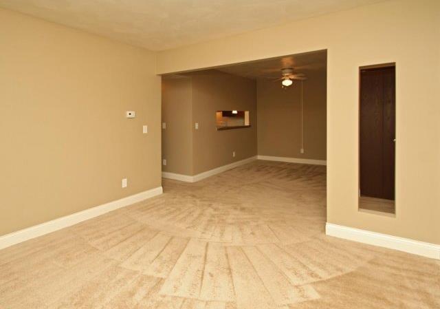 Avalon Place Apartments - Dewitt, MI - Living Room