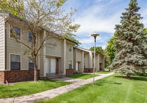 Avalon Place Apartments- Dewitt, MI Community Thumbnail 1