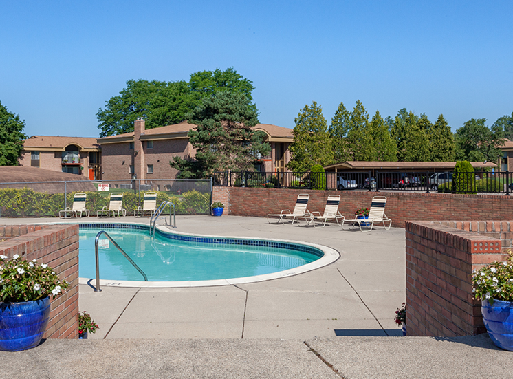 Resort Inspired Pool and Spa at Cranbrook Center Apartments,Michigan, 48076