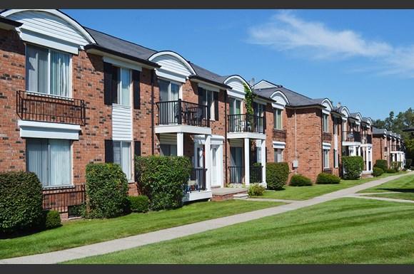 French Quarter Southfield Mi Apartments 25400 Basin Street Southfield Mi Rentcaf