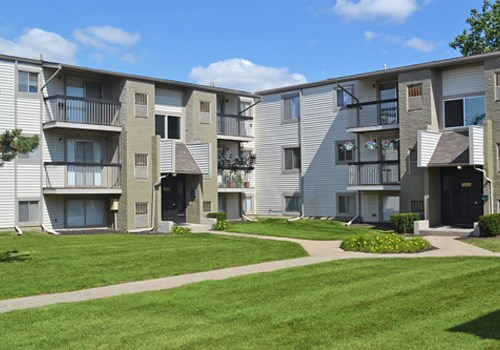Sterling Lake - Sterling Heights, MI Community Thumbnail 1
