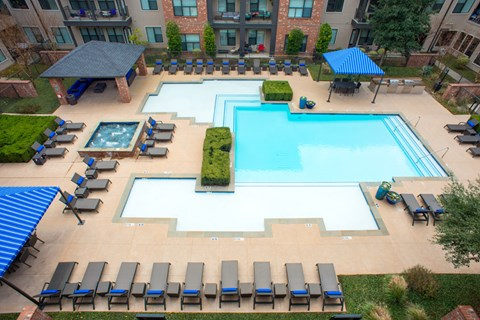 luxury apartments for rent dallas
