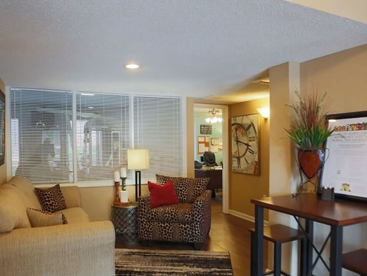 Leasing Office at Vantage Point Apartment
