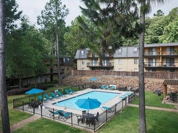 2300 Rebsamen Park Road 1-3 Beds Apartment for Rent Photo Gallery 1