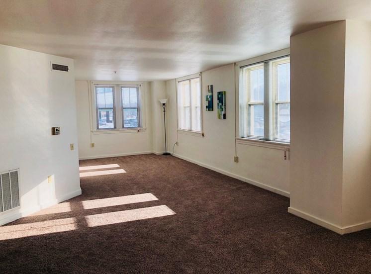 Living area at LeClaire Apartments in Moline, IL