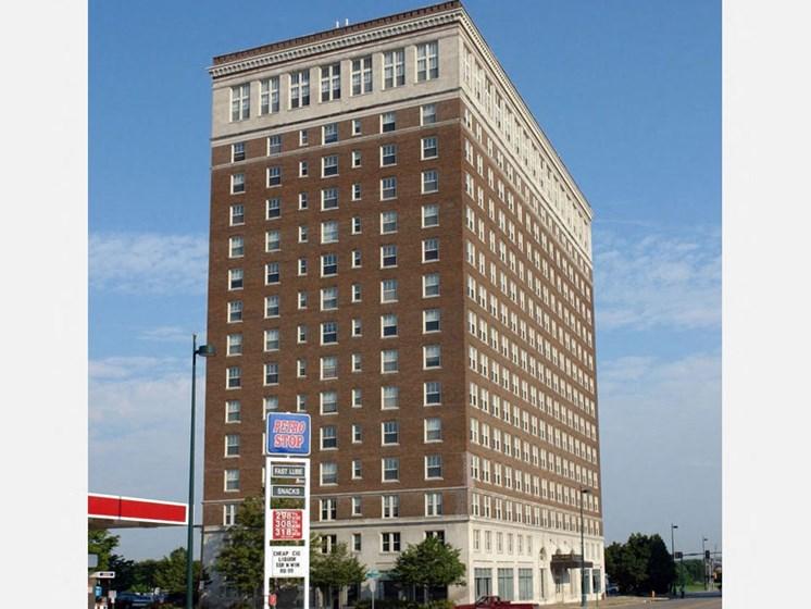 Building Exterior LeClaire Apartments, Moline IL