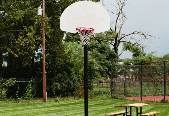 Apartments in Dayton with a Basketball Court!