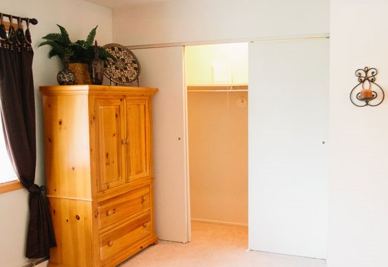 Apartments in Dayton with large closets