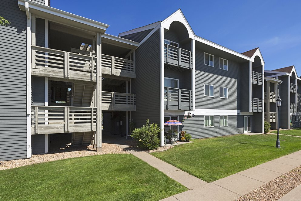 The Kendrick Apartments For Rent in St. Paul, MN Building Exterior