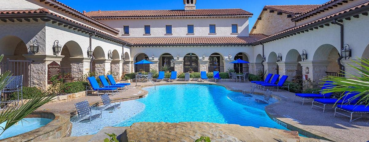 Mission Hills Luxury Apartments In San Antonio Tx