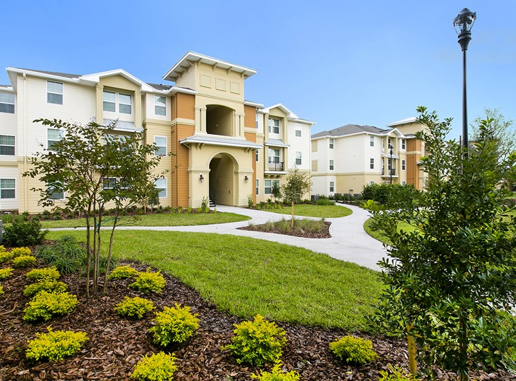 The Loop Apartments for rent in Kissimmee, FL. Make this community your new home or visit other Concord Rents communities at ConcordRents.com. Building exterior
