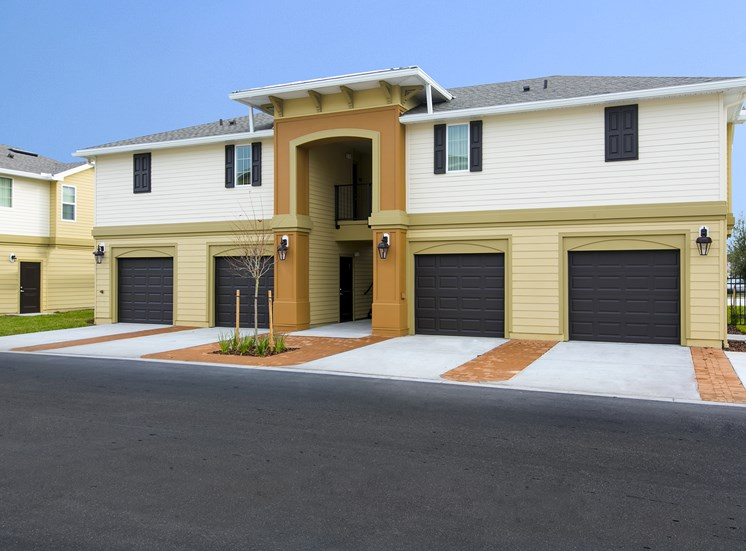 The Loop Apartments for rent in Kissimmee, FL. Make this community your new home or visit other Concord Rents communities at ConcordRents.com. Garages