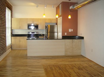9 South Market Street 1 Bed Apartment for Rent Photo Gallery 1