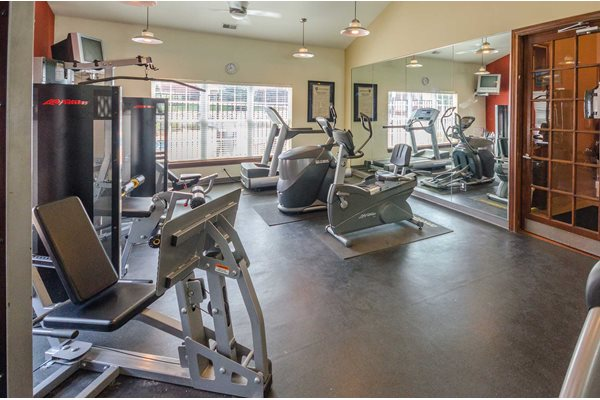 Fitness Center - Devonshire Apartments in Greenwood, IN