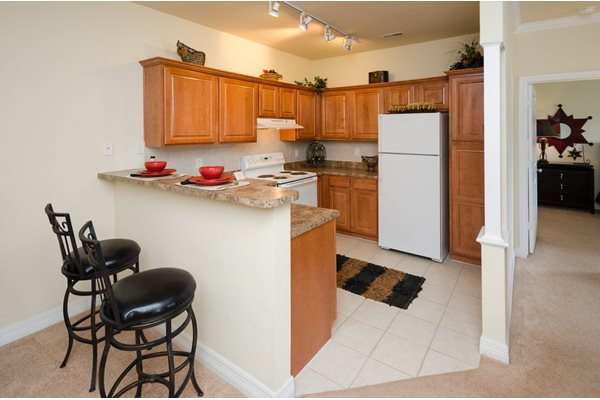 Kitchen - Devonshire Apartments in Greenwood, IN